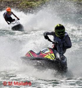 Lucas Oliver amb la seva Kawasaki al Canal Olímpic